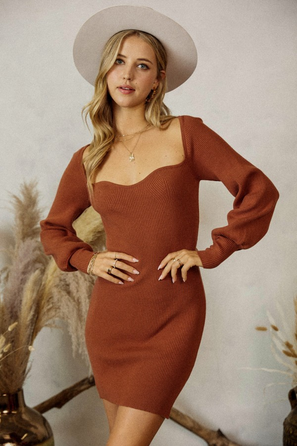KW5250<br/>Long sleeve square neck sweater dress